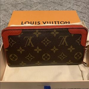 ❤️RED RETIRO ZIPPY WALLET LOUIS VUITTON